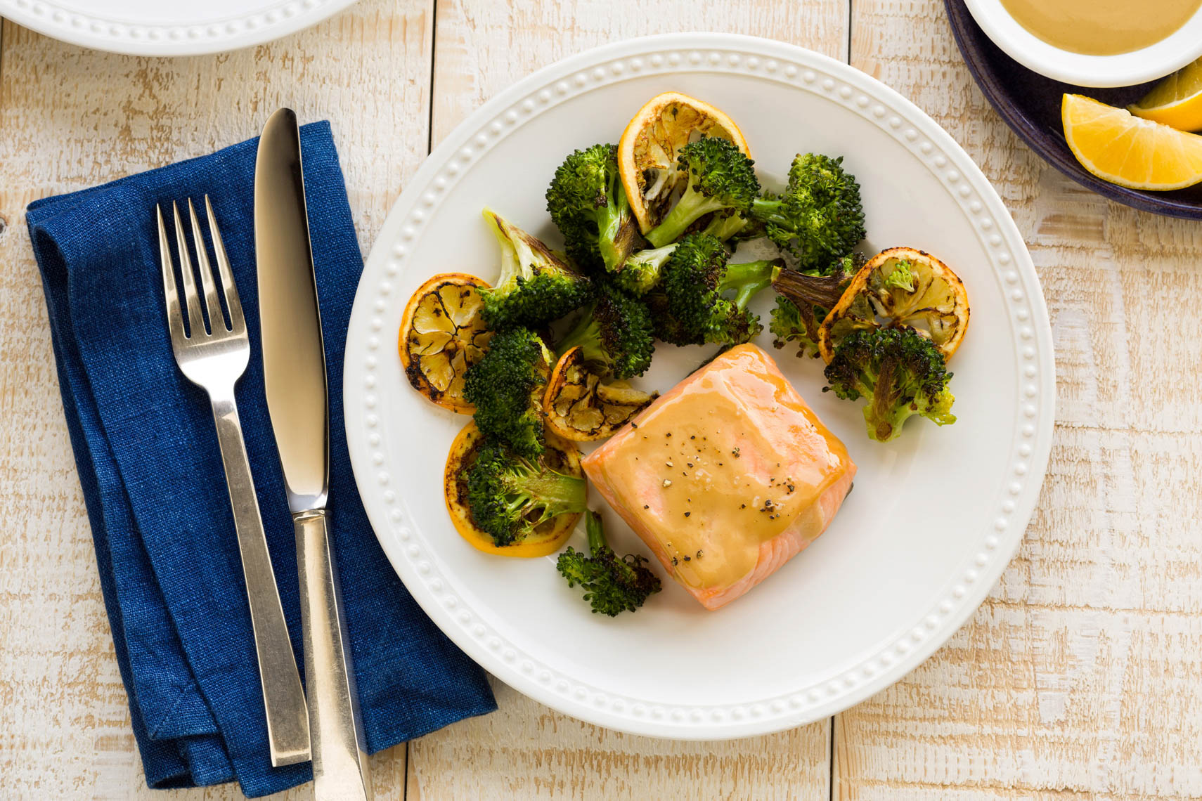 Honey_Mustard_Glazed_Salmon_Lemon_Roasted_Broc_lighter