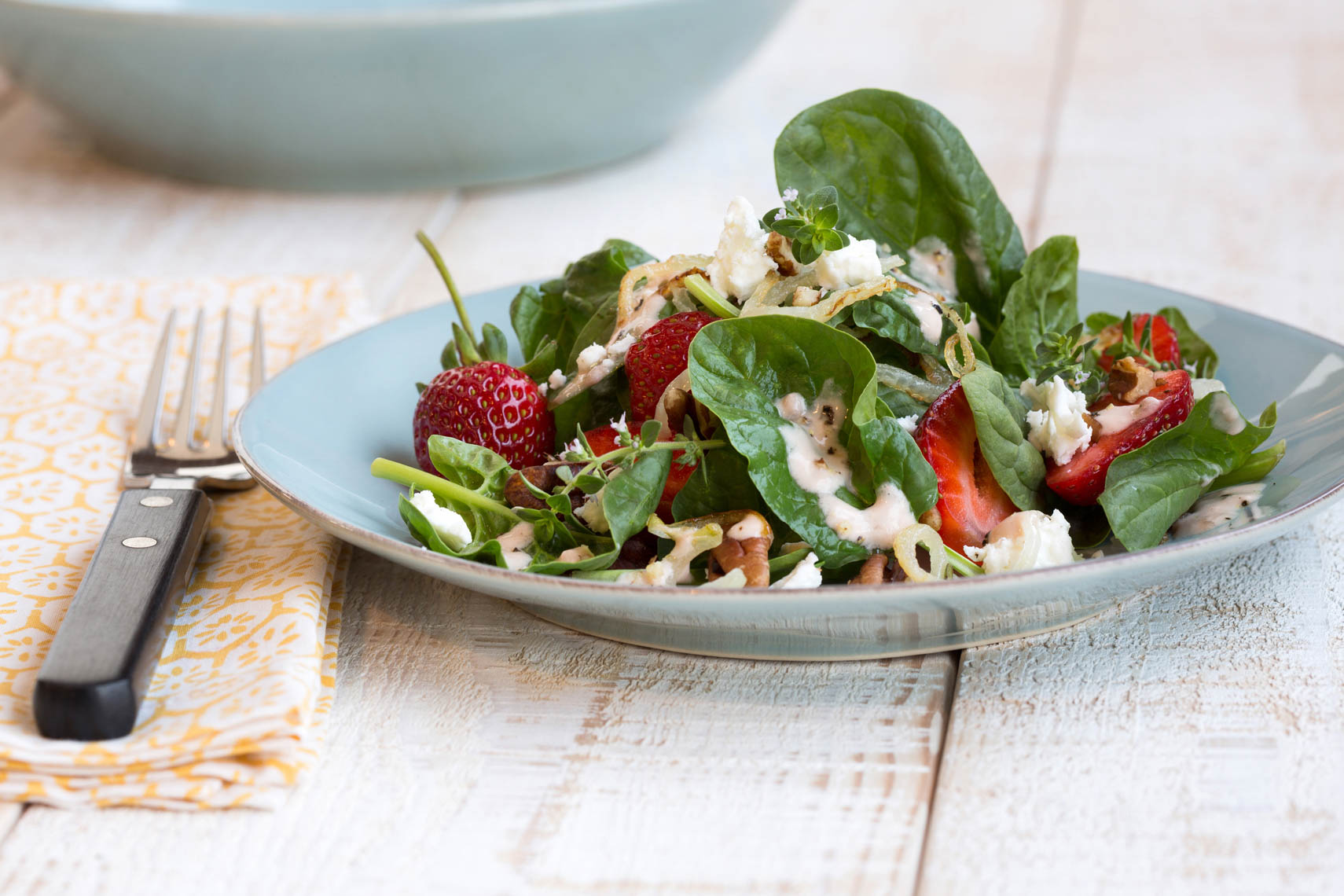 Spinach_Strawberry_Salad_w_Strawberry_Balsamic